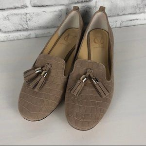Vero Cuoio Nude Alligator Loafer Flat Sz. 6.5